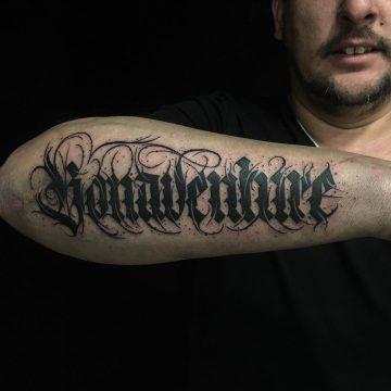 Tatouage Calligraphie « Bonaventure »