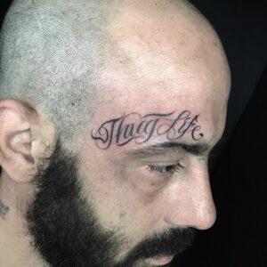 Tatouage Calligraphie « Thug Life »